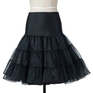 Dresses & Skirts - NEW Small Medium Black 26 Inch Long Crinoline S M